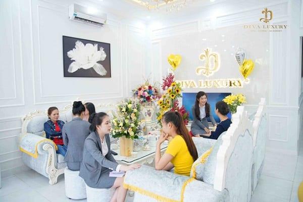 Biết Top 4 Spa ở Sài Gòn này chị em tha hồ làm đẹp 3
