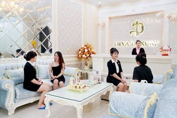Khách hàng nói gì về bảng giá Thẩm mỹ viện Diva? 1