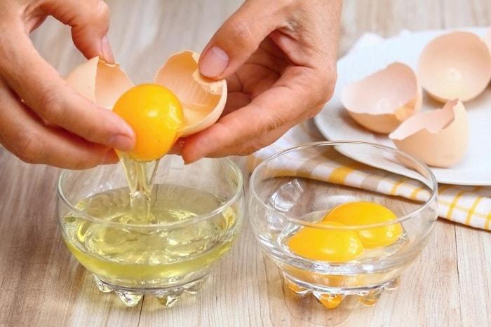 trị nám da bằng trứng gà
